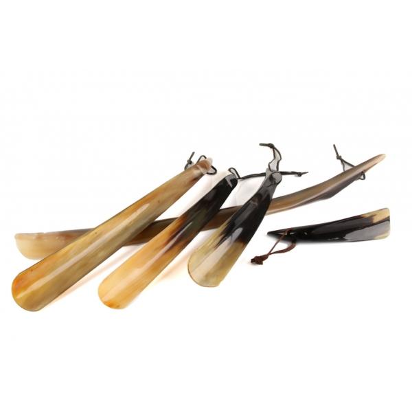 Schuhanzieher aus dem Horn vom Wasserbüffel in verschiedenen Längen z1716