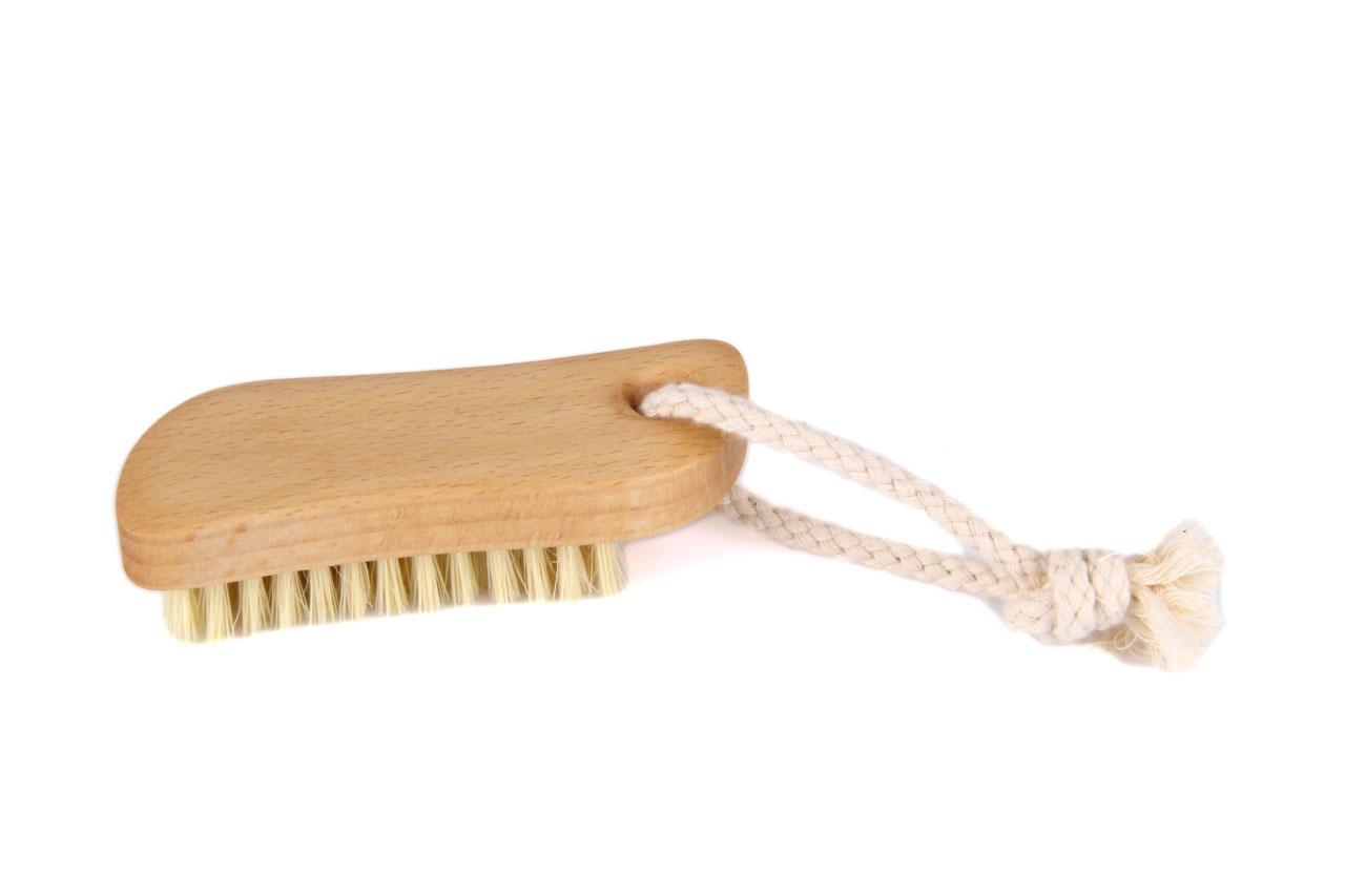 Redecker Nagelbürste S-Form aus gewachstem Buchenholz mit ...